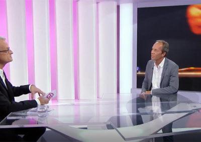 Interview de Christian Junod, expert dans la relation à l'argent – RTS Toutes Taxes Comprises